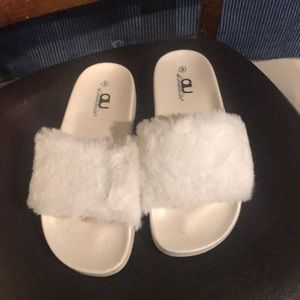 Shoes - White faux fur sandals